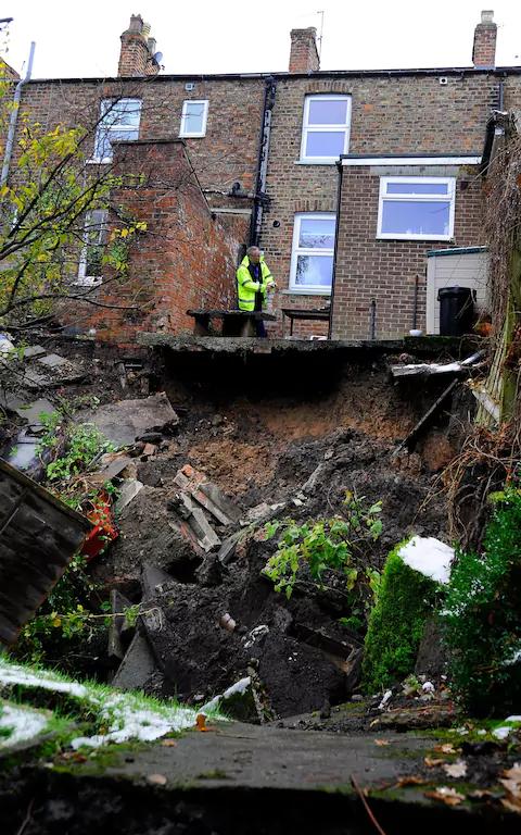 Nov. 2016 Sudden Sinkhole Collapse at Magdelans Road